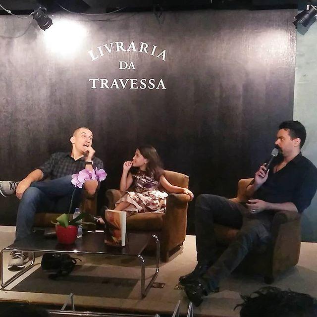 Affonso Solano e Anderson Gaveta em ação na Livraria da Travessa